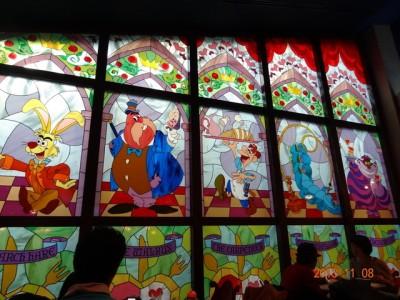 クイーンオブハートのバンケットホールの内観