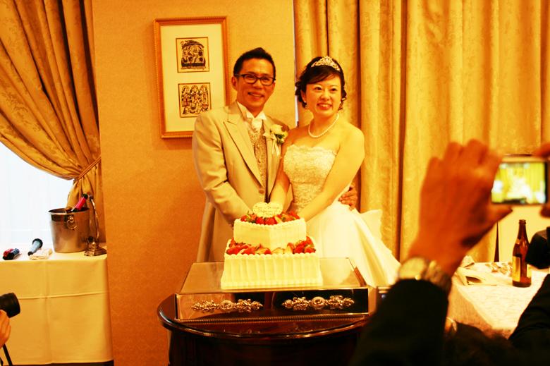結婚式ケーキ入刀お客様