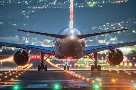 飛行機到着